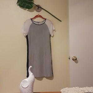 Gianni Bini gray dress